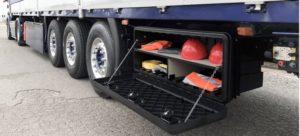 Ящик ARKA с цепочками на грузовике