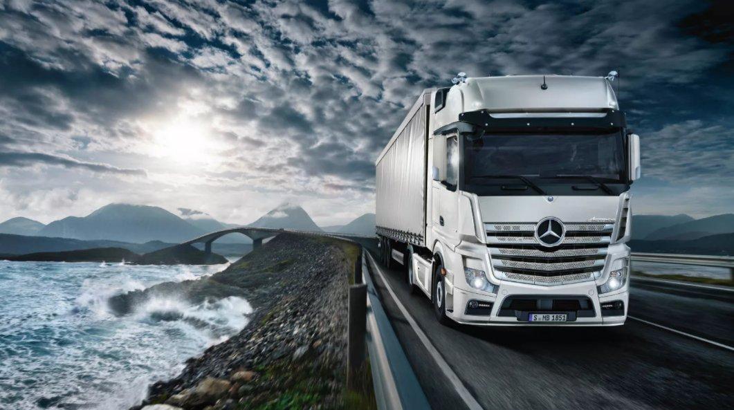 500 Mercedes Actros SLT